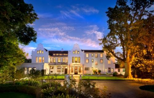 The Cellars - Hohenort Hotel